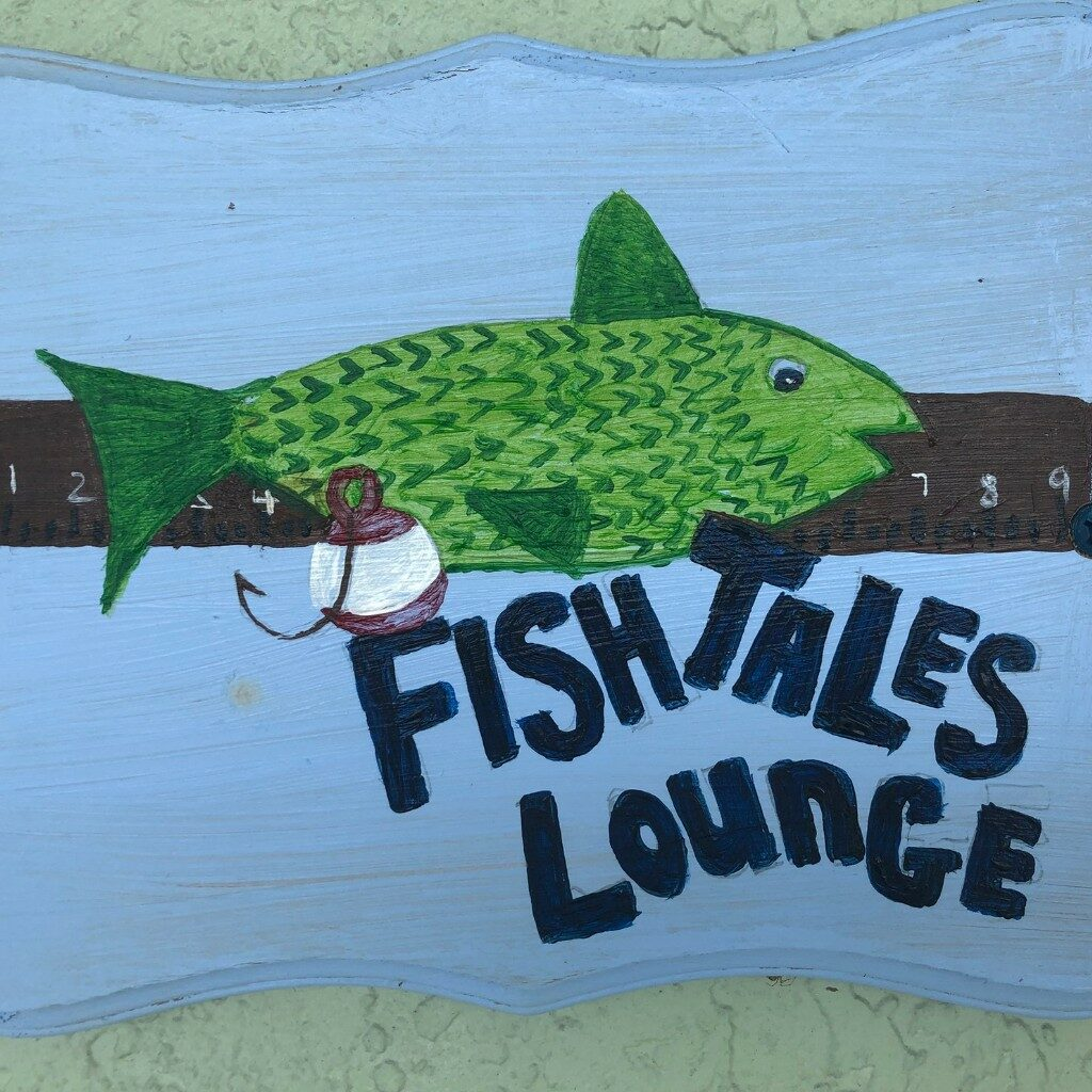 MM&R-Fish Tale Lounge TV Sign